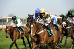 Starting Pistol Fired On UK Horse Racing Season - Jobs Galore!